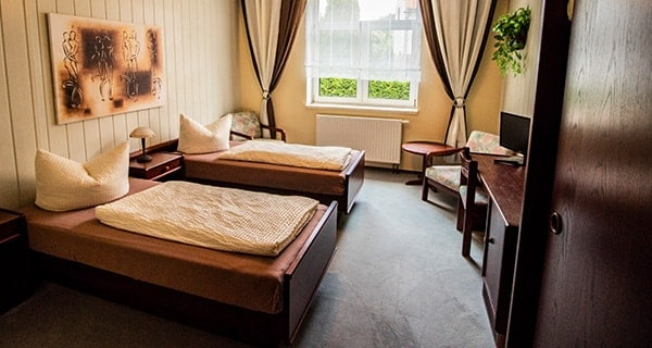 Zweibettzimmer Innenansicht